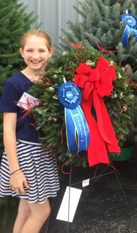 Grand Champion Wreath decorated and undecorated